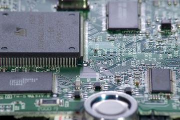 vue macro de composants électroniques sur circuit imprimé