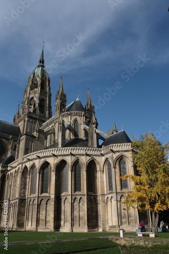 Cath drale romane et gothique notre dame de bayeux photo for Architecture romane et gothique