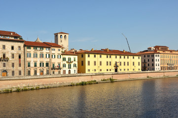 Lining of the River Arno