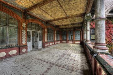 Keuken foto achterwand Oud Ziekenhuis Beelitz auf der Terasse