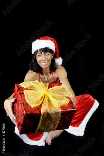 weihnachten advent weihnachtsmann frau geschenke p ckchen. Black Bedroom Furniture Sets. Home Design Ideas