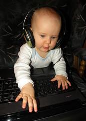 DJ Paola