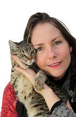 femme fière de son chat