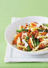 gemelli pasta with asparagus and pancetta salad