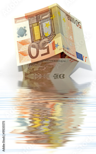 maison pliage billet cinquante euros reflets eau photo. Black Bedroom Furniture Sets. Home Design Ideas