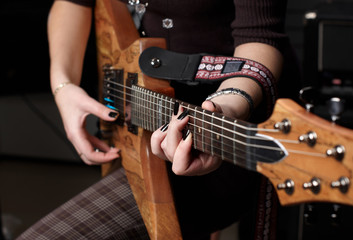 hands on guitar