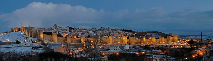 Panorámica de la muralla de Ávila