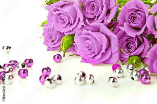 обои на рабочий стол розы и жемчуг скачать бесплатно № 126485 загрузить