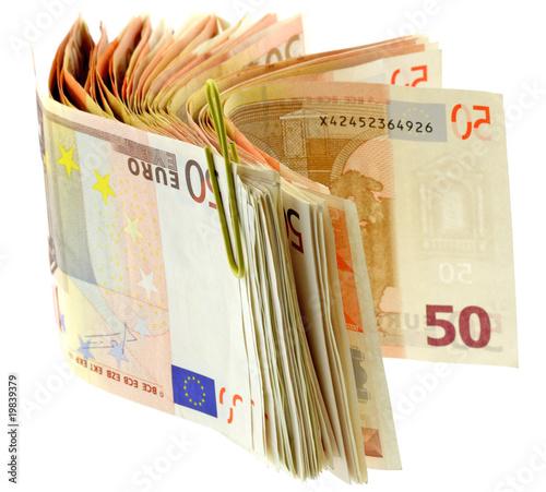 liasse billets cinquante euros fond blanc photo libre de droits sur la banque d 39 images fotolia. Black Bedroom Furniture Sets. Home Design Ideas