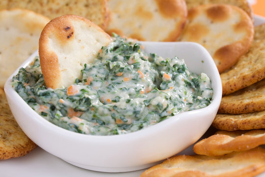 Spinach Dip & Crackers