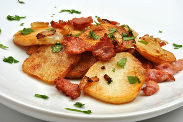 fried potato with organic bacon and parsley