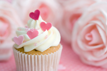 Wall Mural - Valentine cupcake