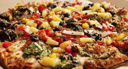 Delicious Thin Crust Veggie Pizza