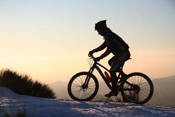 Vélo en ombre chinoise