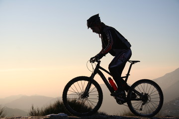 Vélo et ombre chinoise