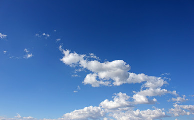 Nubes azules