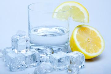 Photo sur Aluminium Eclaboussures d eau Lemon Drink!