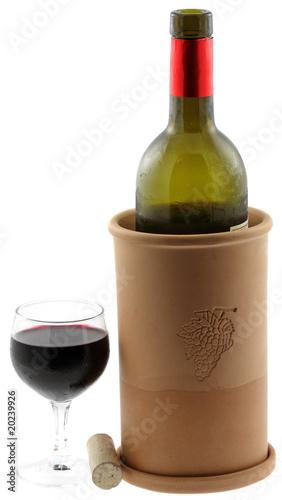 bouteille vin verre brique vin fond blanc photo libre de droits sur la banque d 39 images. Black Bedroom Furniture Sets. Home Design Ideas