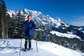 Skiing senior