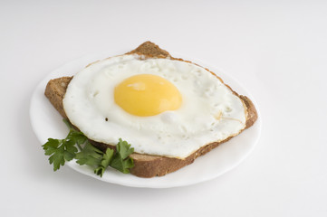 Fried egg  on rye-bread