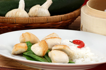 asian style chicken and organic mangetout with rice