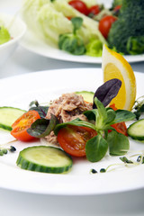 Salad with tunny and vegetable
