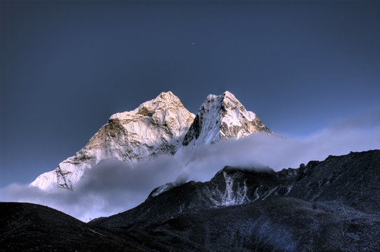 Ama Dablam - Solo Khumbu, Himalaja, Nepal