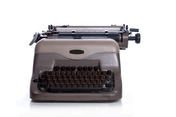 Alte mechanische Schreibmaschine, frontal