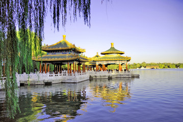 Spoed Foto op Canvas Beijing Beijing Beihai imperial park five dragon pavilions