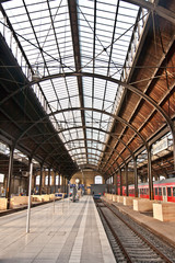 Aluminium Prints trainstation, glass of roof gives a beautiful harmonic structure