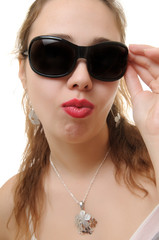 woman wearing her sunglasses.