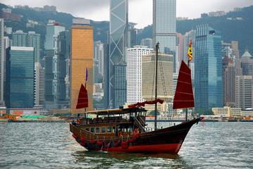 Foto op Plexiglas Hong-Kong China, junk in Hong Kong harbor