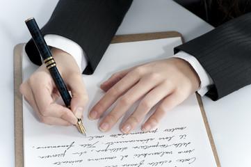 Scrivere a mano con penna