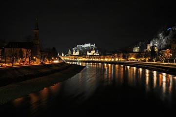 Salzburg be Nacht