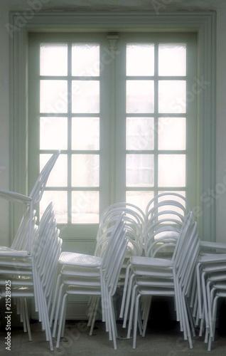 alte balkont r und st hle stockfotos und lizenzfreie bilder auf bild 21528925. Black Bedroom Furniture Sets. Home Design Ideas