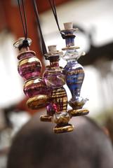Aromatische Duftöl in Flacons