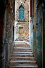 Wall Mural - Narrow street in Venice