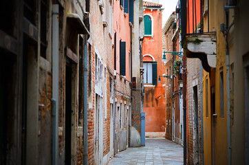 Wall Mural - Narrow street in Venice