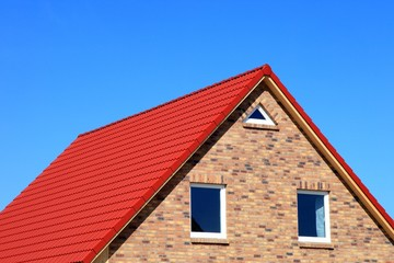 bilder und videos suchen rote dachziegel. Black Bedroom Furniture Sets. Home Design Ideas