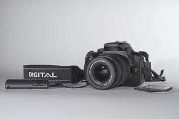 DSLR - Spiegelreflexkamera mit Fernauslöser und CF-Karte