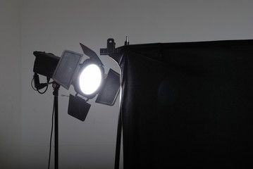 studio lighting device