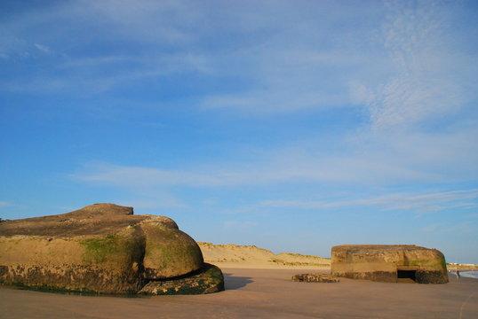 bunker enlisés à la plage