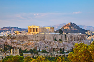 Photo sur Aluminium Athenes View on Acropolis at sunset