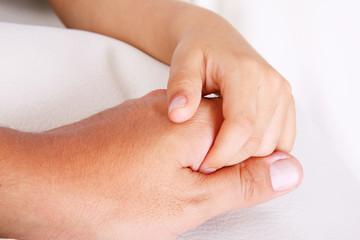 Unon hands