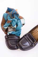 Shoes with shawl