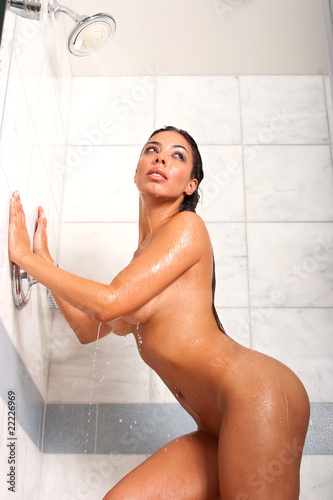 Sexeywoman In The Shower 93