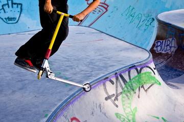 Kickboard and skatepark