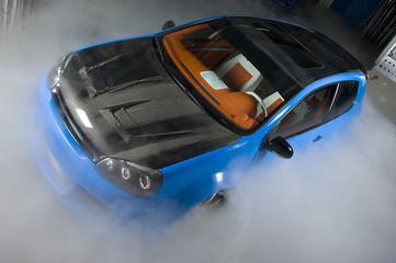 Tuinposter Snelle auto s car fog