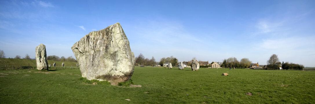 avebury ring stone circle wiltshire