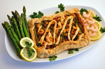 Torta salata  agli asparagi e gamberetti